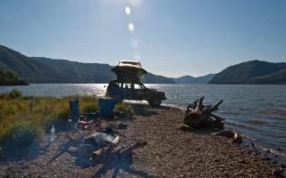 Camping on Danube