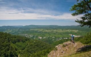On a scenic viewpoint on Malinik ridge, Kučaj mountains