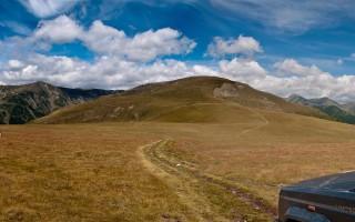 Towards Moldoveanu, the highest peak of Romania